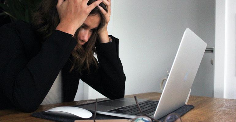 Support-Employees-Mental-Health-Schauer-Group-770x400